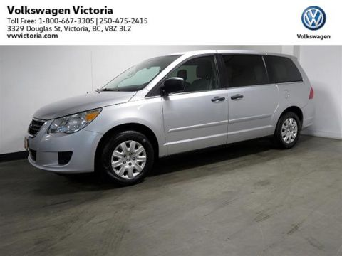 Pre-Owned 2012 Volkswagen Routan Trendline 6sp at