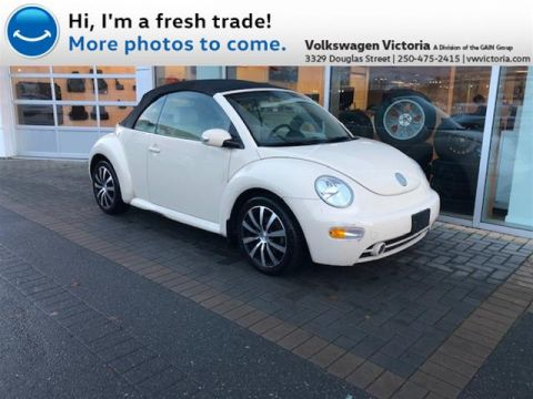 Pre-Owned 2004 Volkswagen Beetle Convertible GLS 2.0L 6sp at Tip