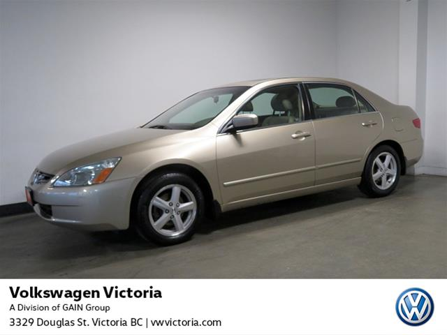 Pre-Owned 2005 Honda Accord Sedan EX-L 5sp
