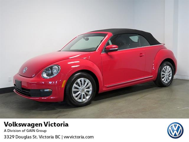 Certified Pre-Owned 2015 Volkswagen The Beetle Convertible Trendline plus 1.8T 6sp at w/Tip