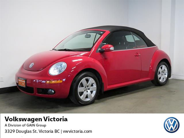 Pre-Owned 2007 Volkswagen Beetle Convertible 2.5L 5sp