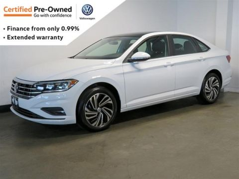 Certified Pre-Owned 2019 Volkswagen Jetta Execline 1.4T 6sp