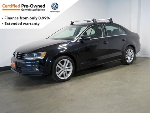 Pre-Owned 2015 Volkswagen Jetta Highline 1.8T 6sp at w/Tip